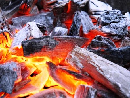 red-charcoal-krasnyy-ugol3